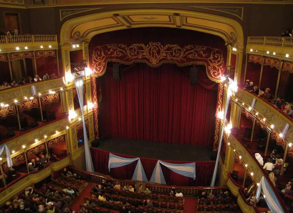 General San Martin Theater - by Alicia Nijdam/Wikimedia.org