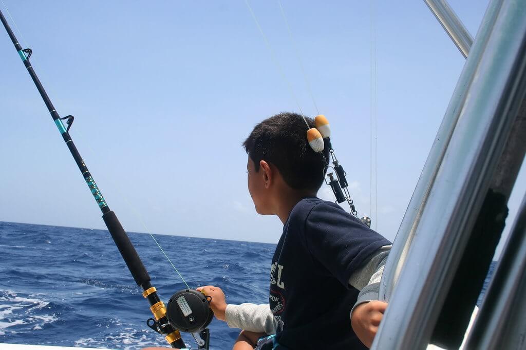 Deep Sea Fishing, Nauru - by Ian MacKenzie / flickr.com