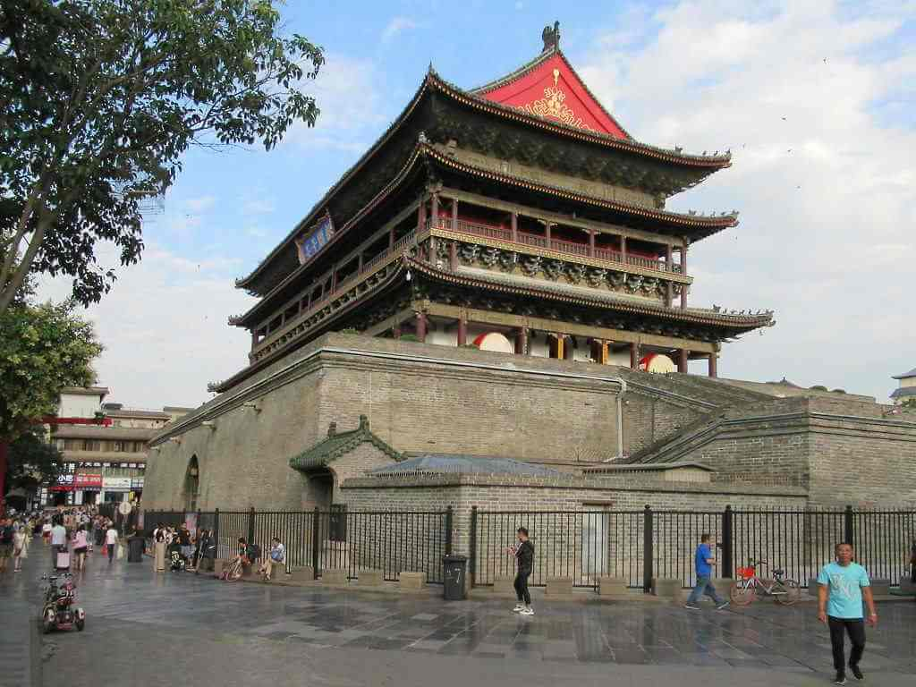 Drum Tower -by David Stanley/Flickr.com