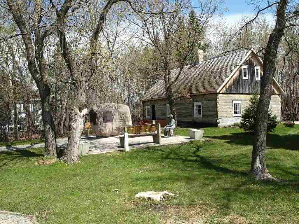 Mennonite Heritage Village -by Shahnoor Habib Munmun/Wikipedia.org