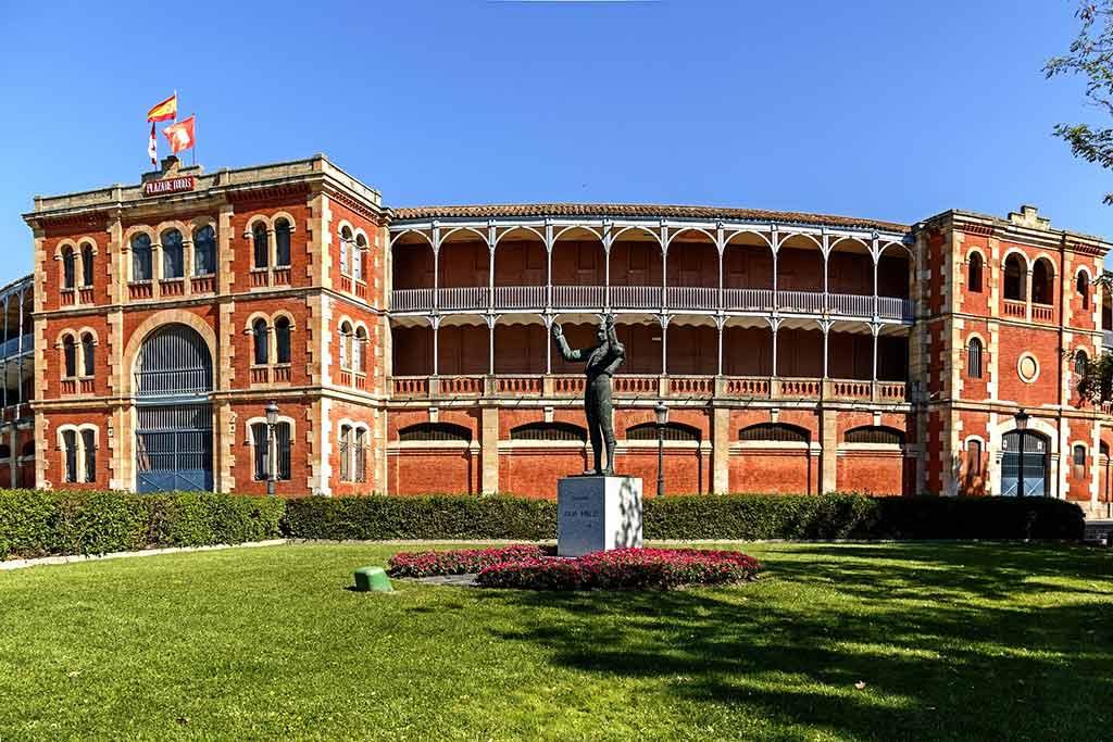 Plaza de Toros de Salamanca - by alisonhouse780 / Pixabay.com