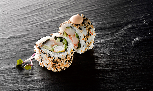 Spicy tigerrejer uramaki
