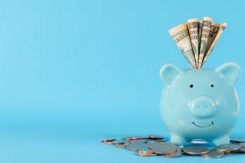 foto-de-cofre-com-dinheiro-para-ilustrar-o-corte-de-gastos-como-uma-das-dicas-para-empresas-sobreviverem-durante-a-quarentena