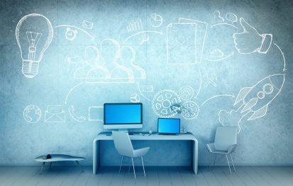 foto-de-parede-com-desenhos-sobre-startup-para-simbolizar-as-metodologias-de-avaliacao-de-startups