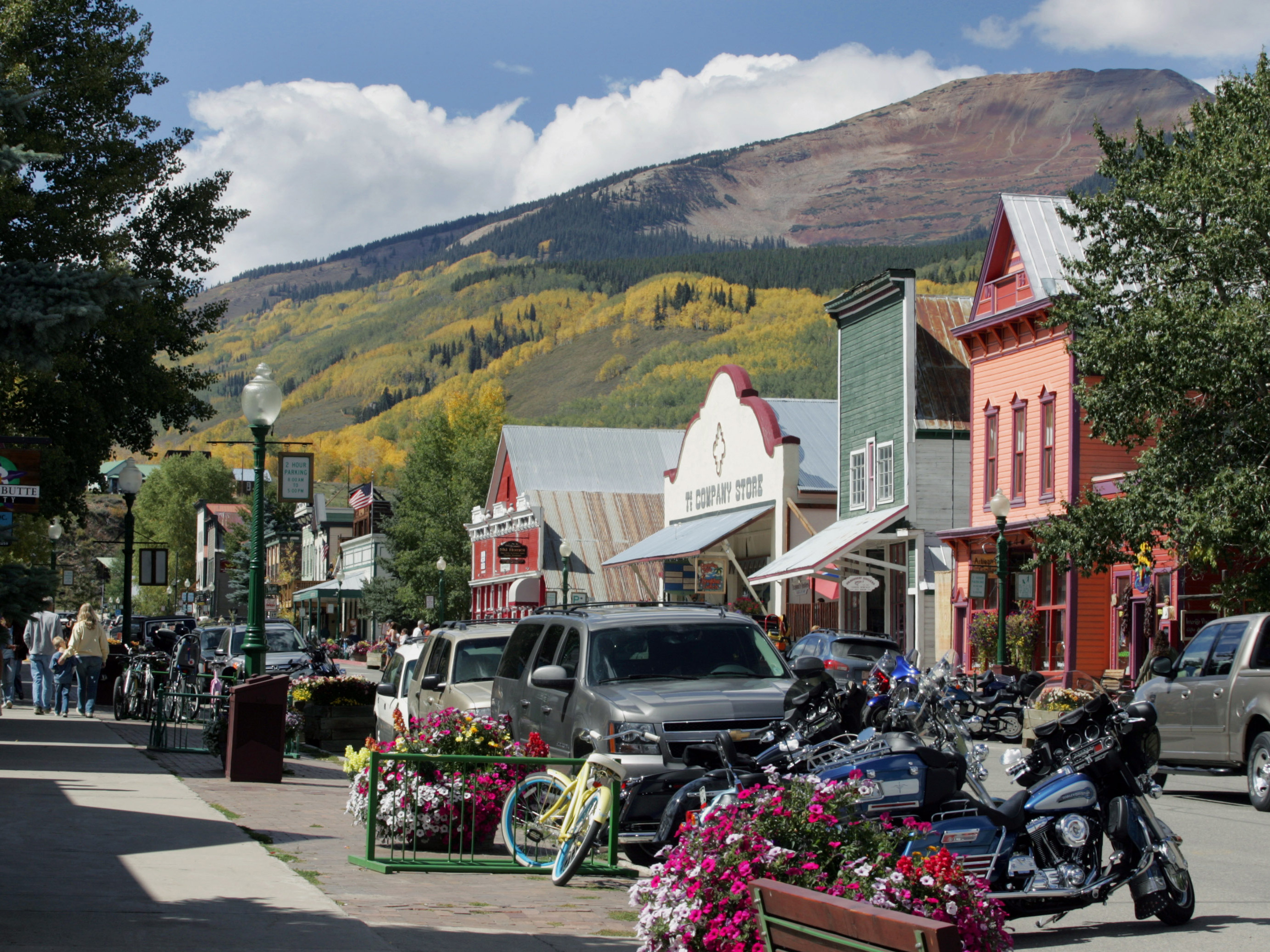"<p>In this Sept. 22, 2007 file photo, Mt. Emmons, known to the locals as ""The Red Lady"" towers over the town of Crested Butte, Colo.</p>"