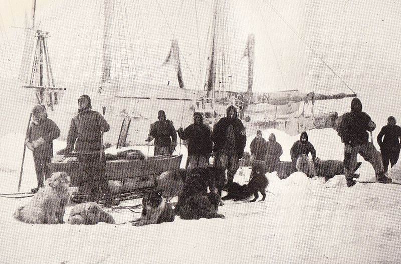 <p>This photograph of the Fram and its crew was taken onMarch 14,1895 as explorerFridtjofNansenand a colleagueprepared to leave theshipand try to reach theNorth Pole using skis and sledges.</p>
