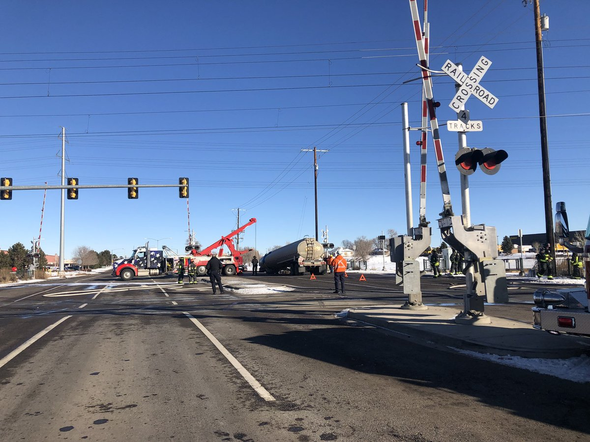 """<p>Atruck was disconnected from its tanker<span style=""""color: rgb(64, 69, 64);"""">carrying diesel fuel</span>at a high-traffic intersection in Aurora, Colorado on Friday, Jan. 25, 2019.</p>"""