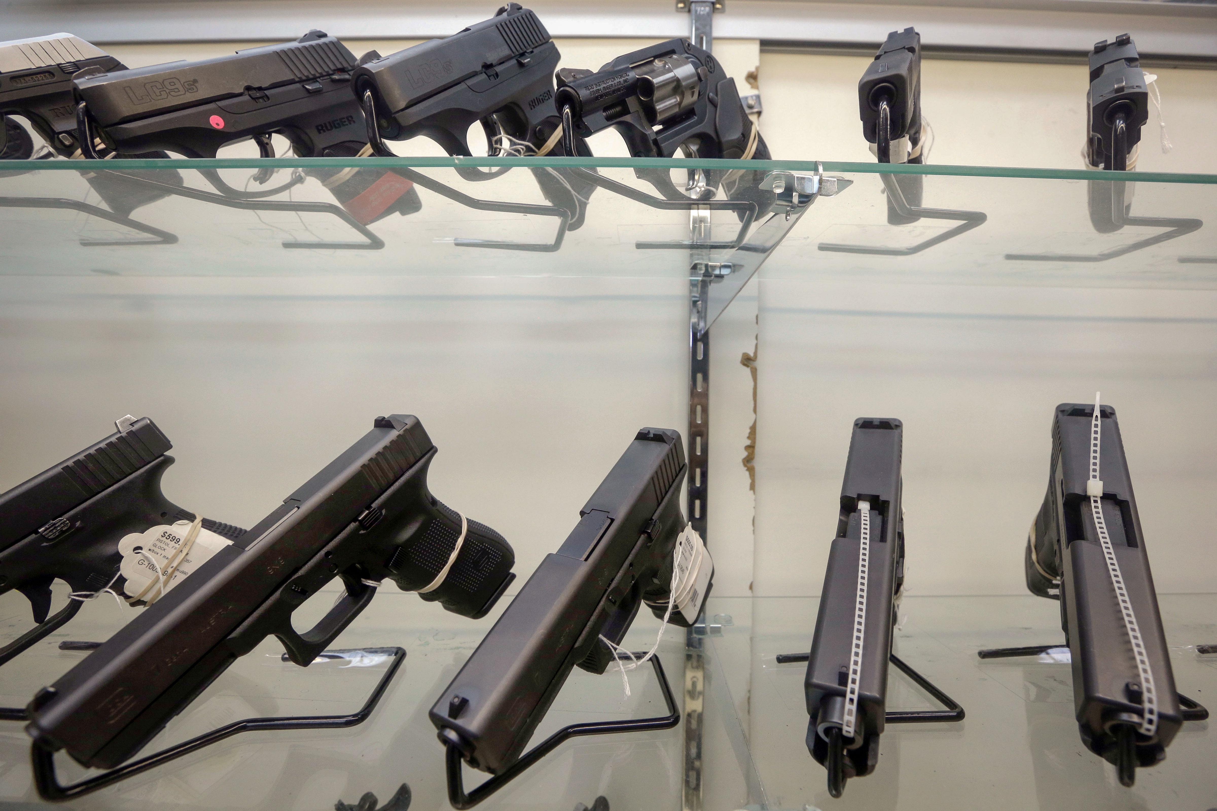 <p>Handguns in a Miami store.</p>