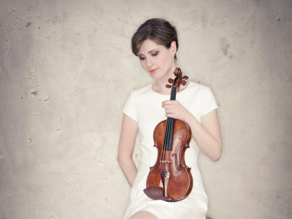 <p>Violinist Lisa Batiashvili</p>