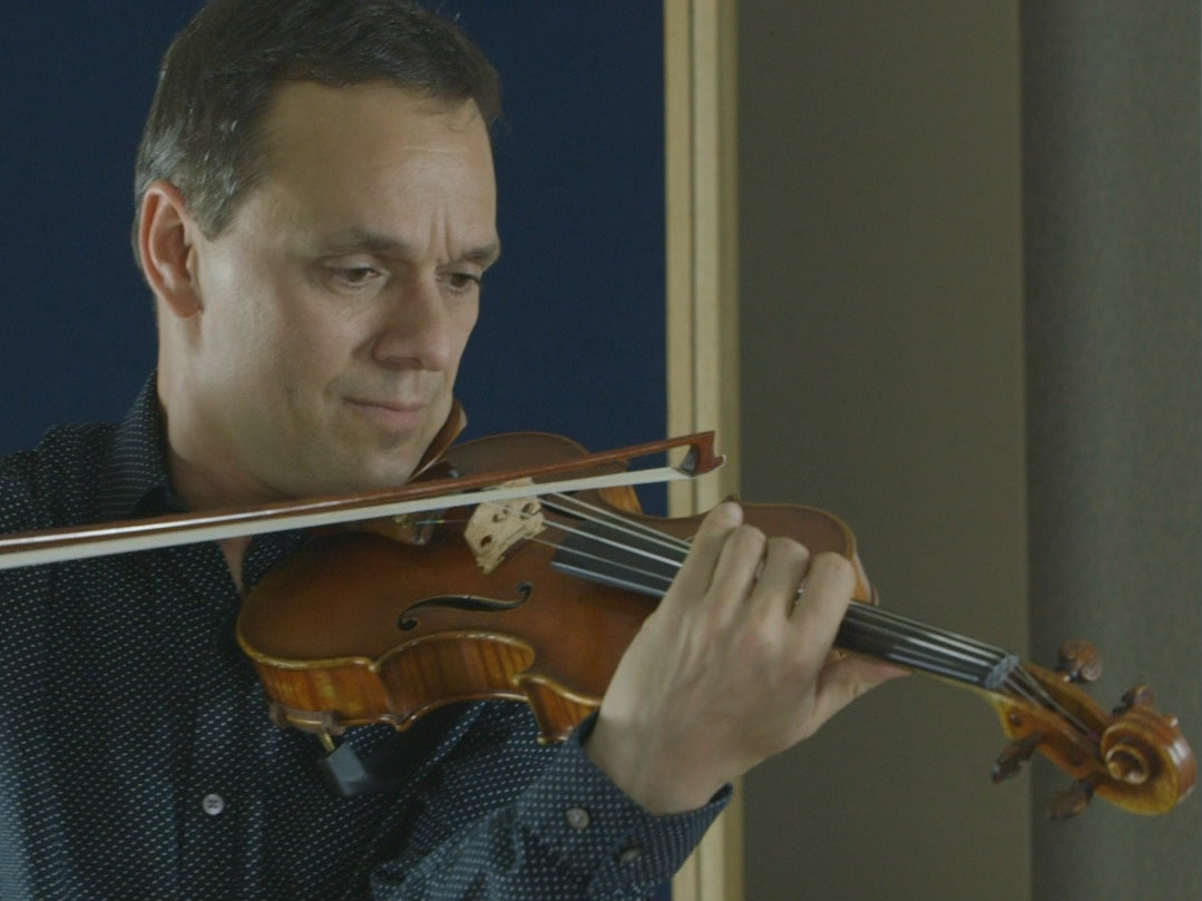 <p>Violinist and Boulder Philharmonic concertmaster Charles Wetherbee in the CPR Performance Studio.</p>