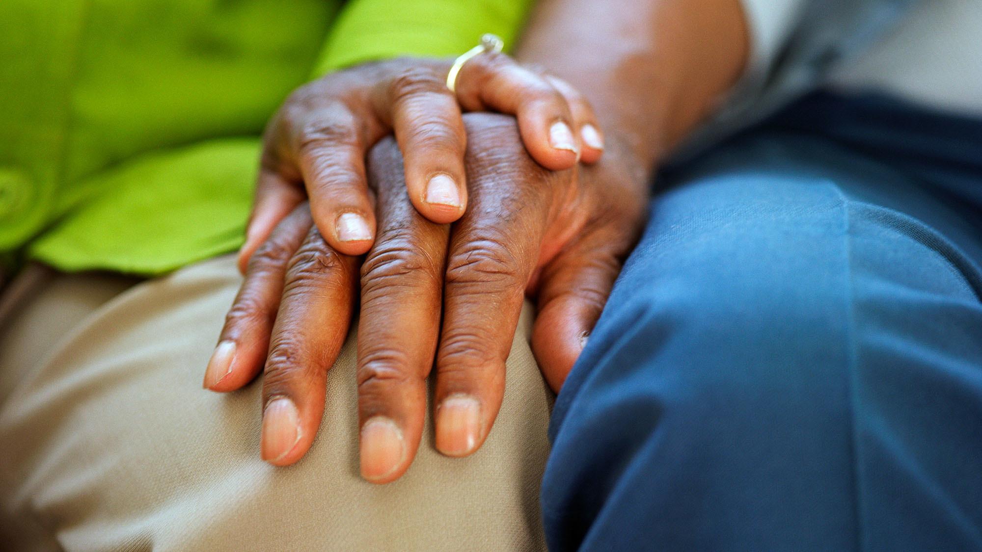 dementia-hands-1