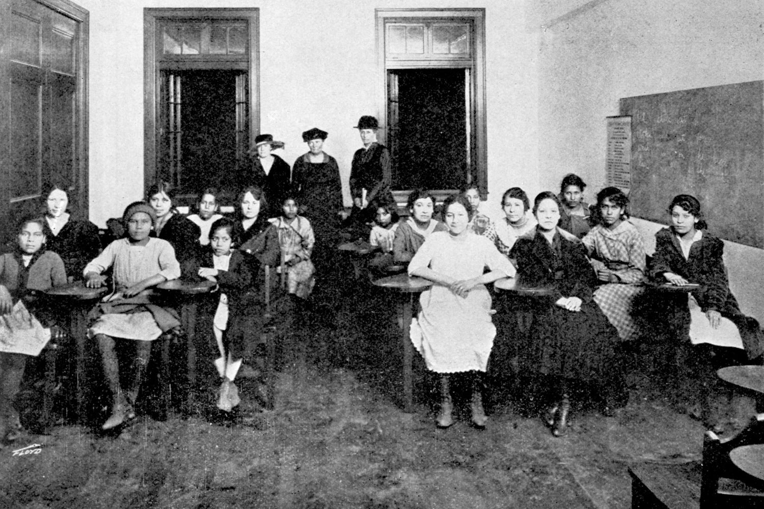 Americanization class offered at the Steelworks YMCA in Pueblo, 1917.