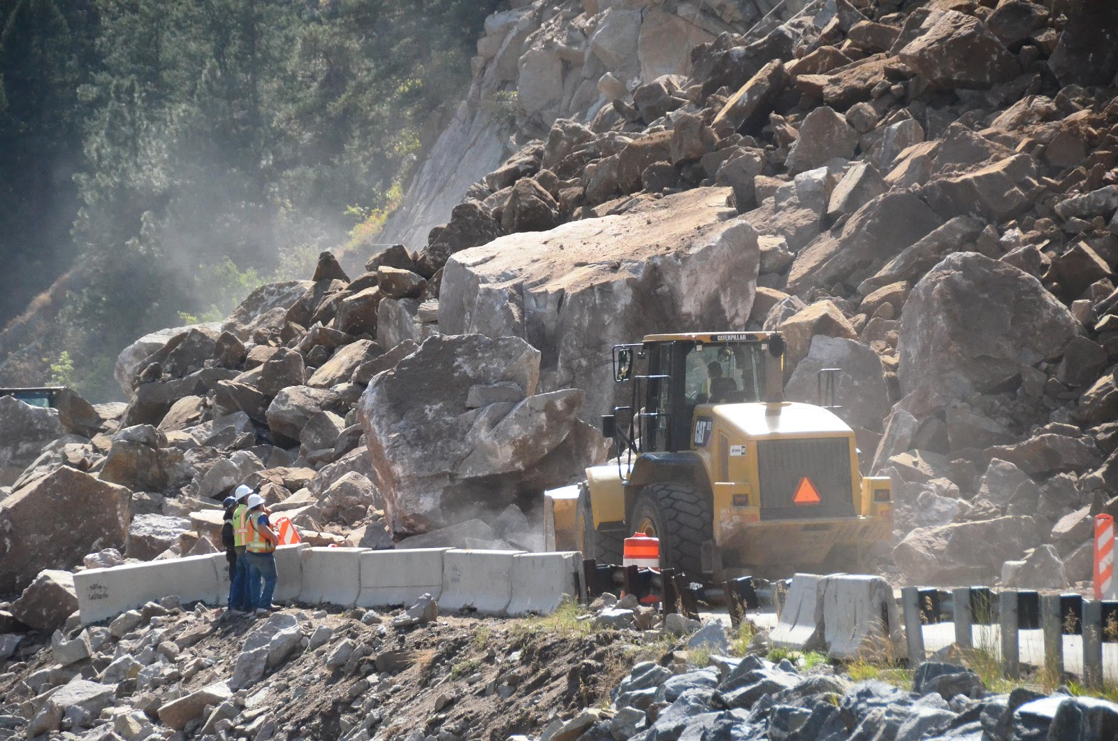 Boulder Canyon Closed After Rockfall