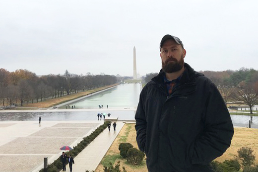 Army Veteran Chris Yeazel at the Lincoln Memorial.