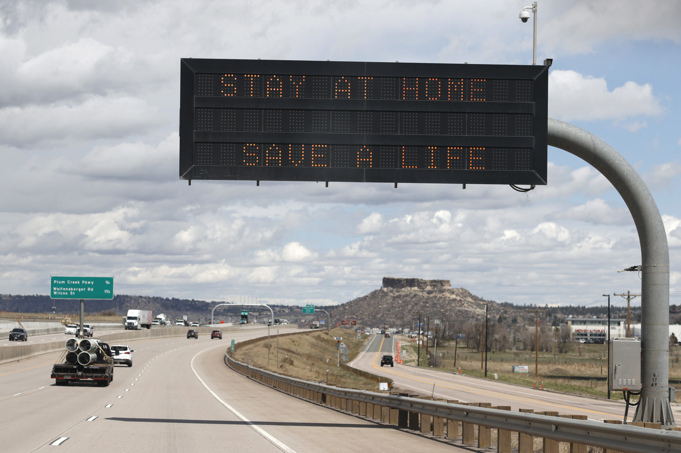 Interstate 25, r m