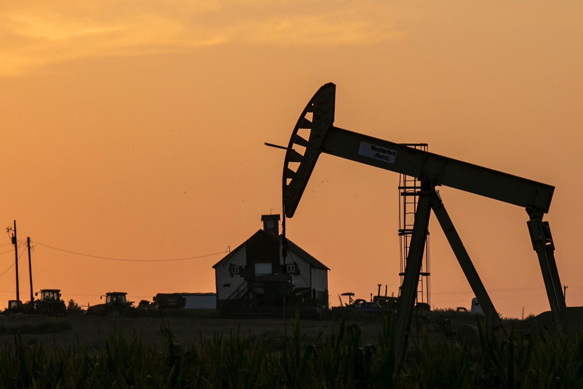 OIL PUMP JACK WELD COUNTY