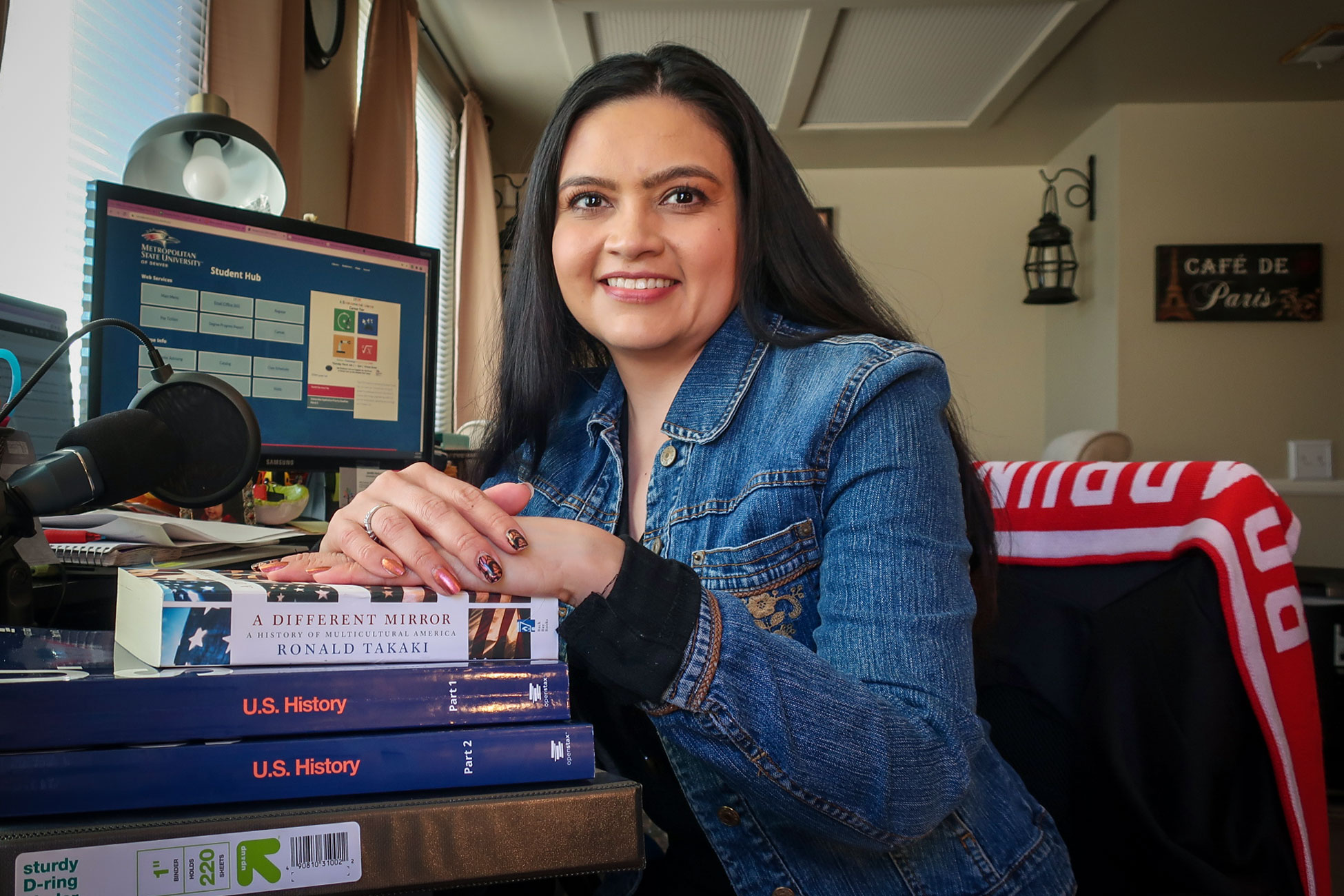 Jennifer Muñoz balances child care, full-time work and her pursuit of a bachelor's degree from Metro State University Denver.