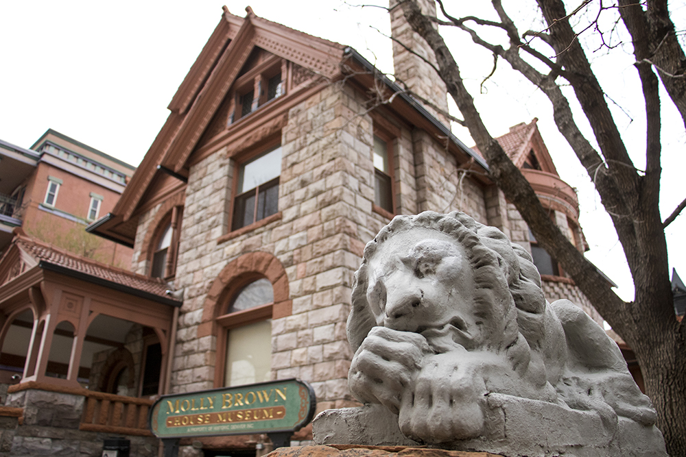 Stone lions outside the Molly Brown House, Capitol Hill, March 27, 2018. (Kevin J. Beaty/Denverite)  architecture; yard art; denver; colorado; capitol hill; denverite; kevinjbeaty;