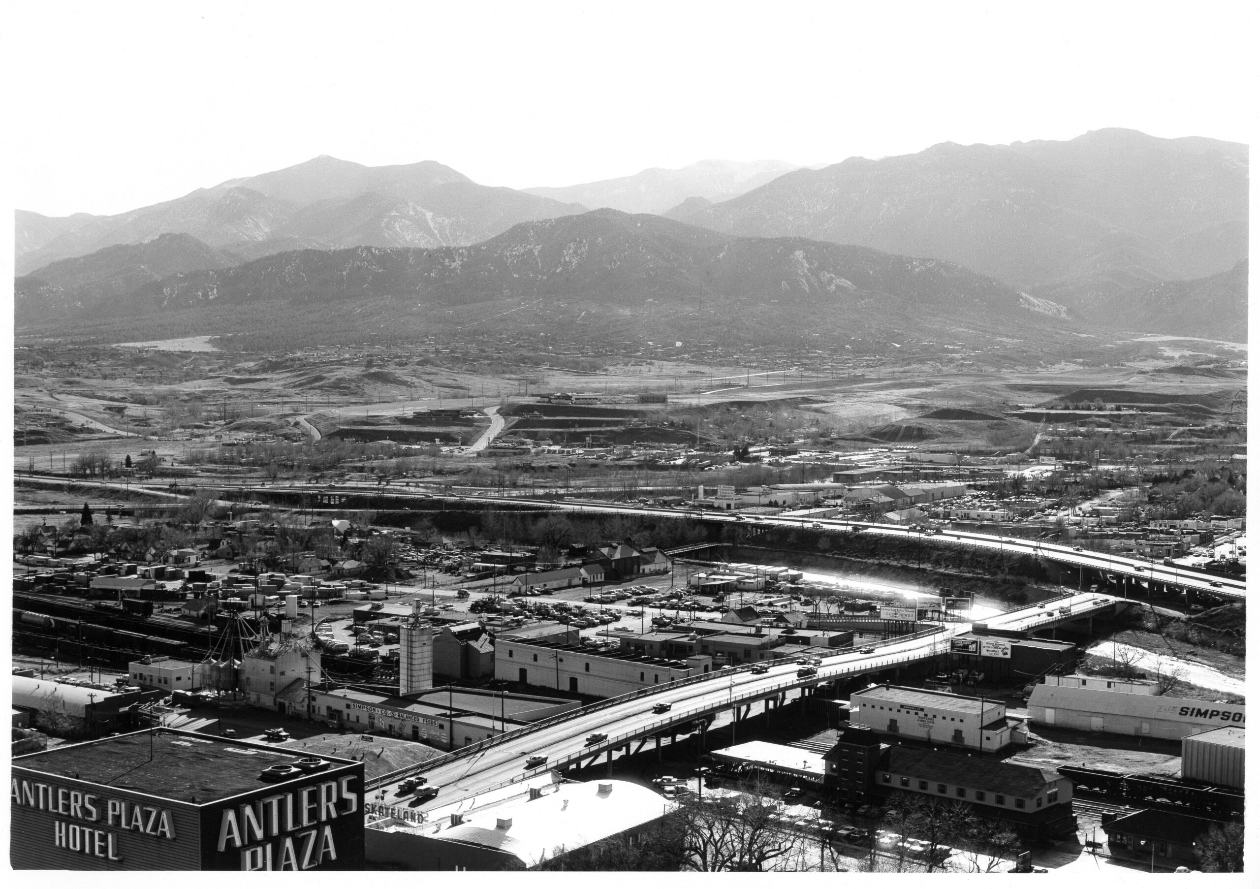 This aerial photograph from 1980 shows the Conejos Neighborhood wedged between the railroad and Interstate 25.