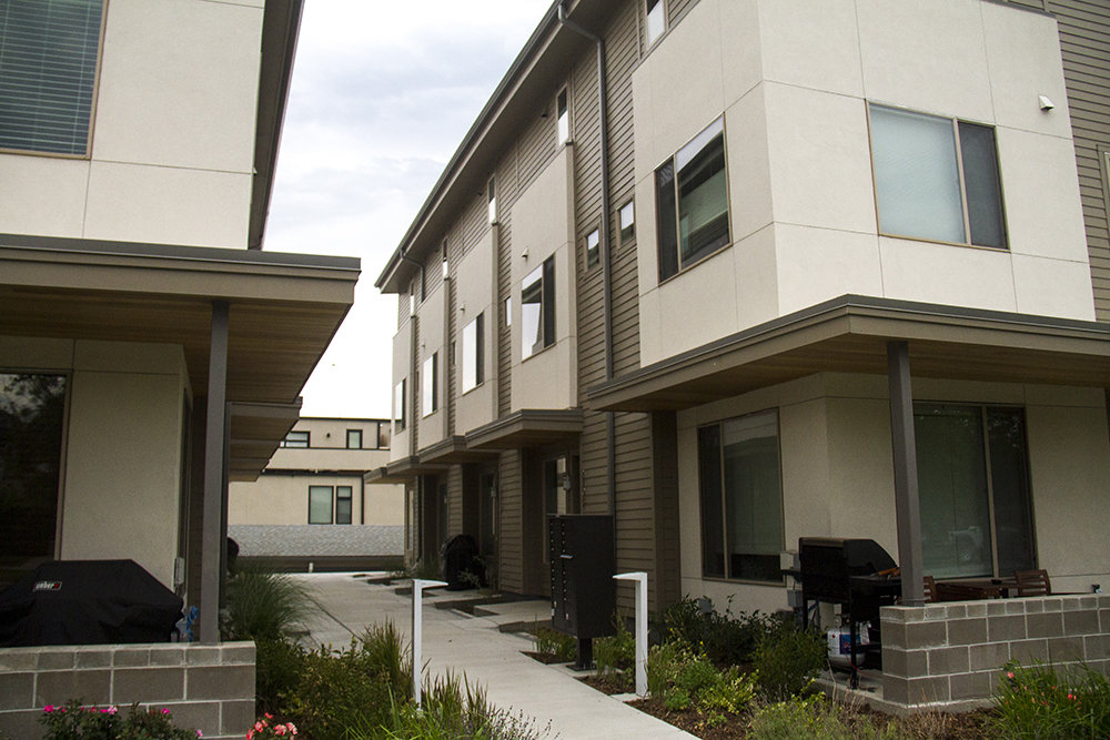 Slot home. Garden court form. The apartment complex ay 21st and Decatur. (Kevin J. Beaty/Denverite)  residential; real estate; townhome; house; home; kevinjbeaty; denver; denverite; colorado;