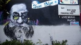 Quixote's True Blue. (Kevin J. Beaty/Denverite)  quixotes; deadhead; club; bar; nightlife; kevinjbeaty; denver; denverite; colorado; capitol hill;