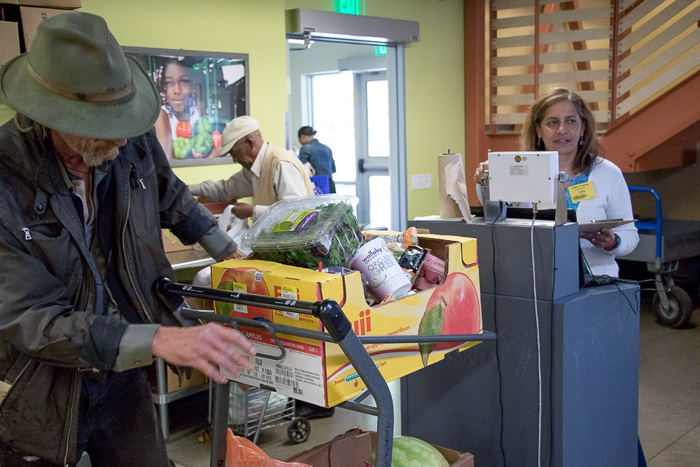 Metro Caring helps hungry residents of Denver find free and nutritious meals. (Chloe Aiello/Denverite)