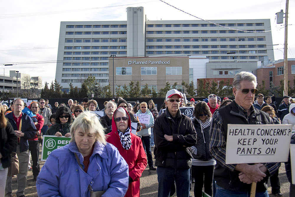 """There were about 200 people in attendance at the """"Defund Planned Parenthood"""" Rally outside Planned Parenthood of the Rockies, Feb. 11, 2017. (Kevin J. Beaty/Denverite)abortion; pro life; planned parenthood; denver; colorado; kevinjbeaty; denverite; copolitics; politics;"""