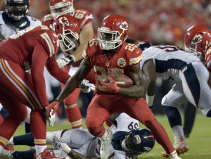 The Broncos will reportedly meet with former Chiefs RB Jamaal Charles on Tuesday. (Denny Medley/USA Today Sports)