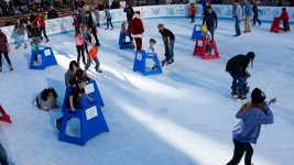 Saturday skating at Skyline Park, Dec. 10, 2017. (Kevin J. Beaty/Denverite)  denver; colorado; denverite; kevinjbeaty; skyline park; winter; holidays; ice skating;