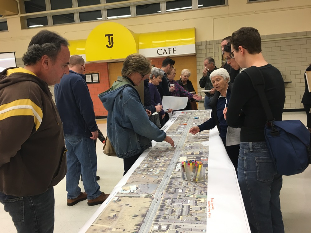 A January 2018 community workshop about the future of Hampden Avenue. (Andrew Kenney/Denverite)
