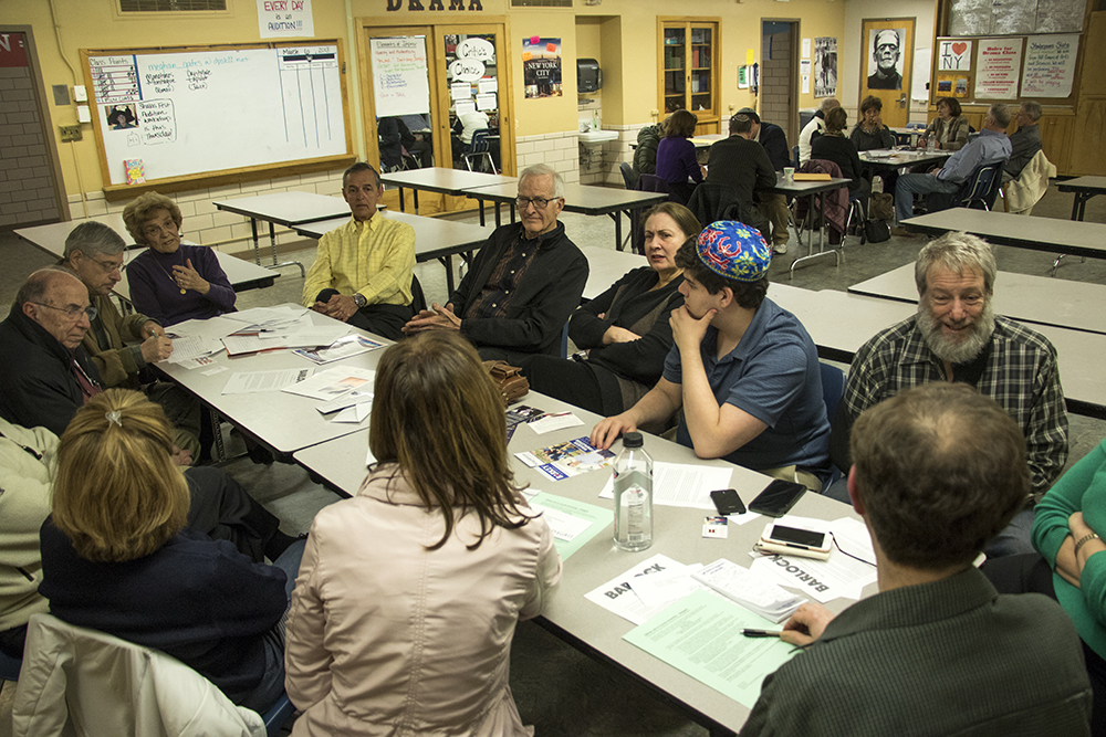 A Republican Party caucus at Hill Middle School in Hilltop, March 6, 2018. (Kevin J. Beaty/Denverite)