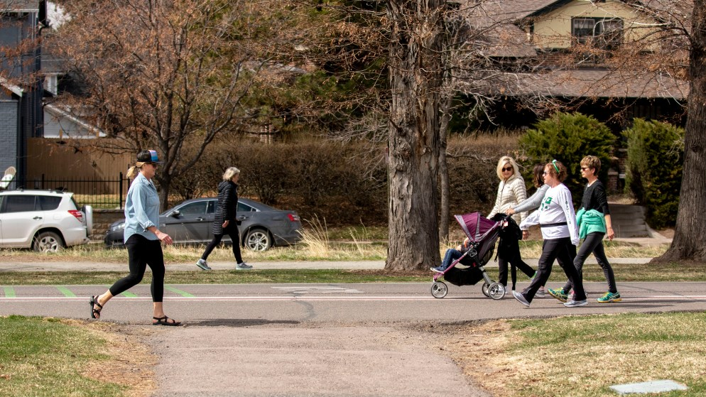 """Washington Park is full of people """"working from home,"""" March 17, 2020. (Kevin J. Beaty/Denverite)"""