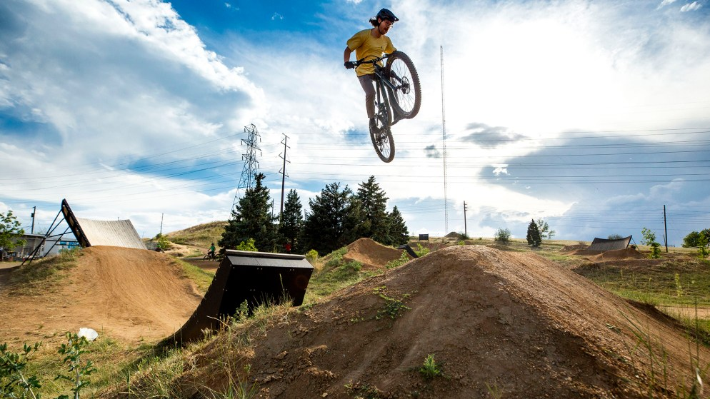 Spencer Higbee rides Ruby Hill Park's terrain course. June 23, 2020. (Kevin J. Beaty/Denverite)