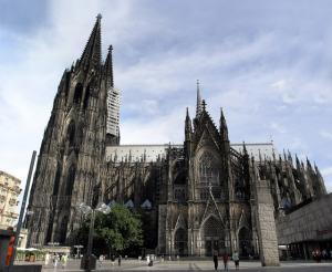 Medieval or Ultra Modern: The Anti Modern Church of the 1920 s Jack Hartjes