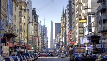 Ley busca penalizar a los choferes de Uber en Buenos Aires
