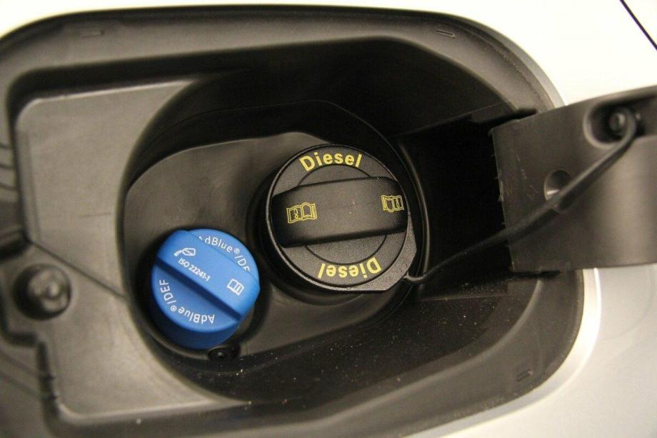 comprar coche diésel o gasolina