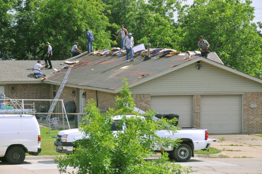 busco trabajo de roofing