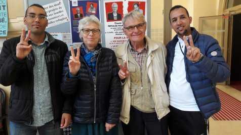 Jeunes sahraouis de Marseille et Menotti Bottazzi ancien secrétaire général du CCFD