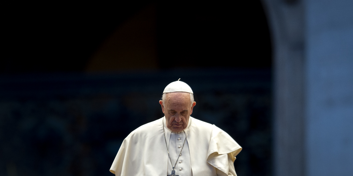 Pope leads moment of prayer for Edwin, a homeless man who died near St. Peter's