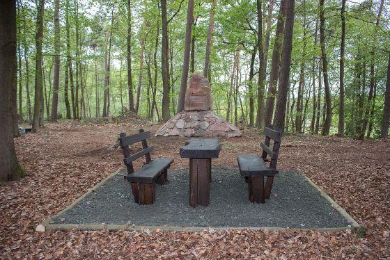 Köhldenkmal 3
