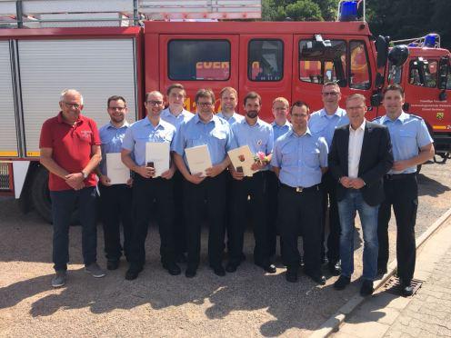 Ehrungen und Beförderungen bei der Feuerwehr Bockenau