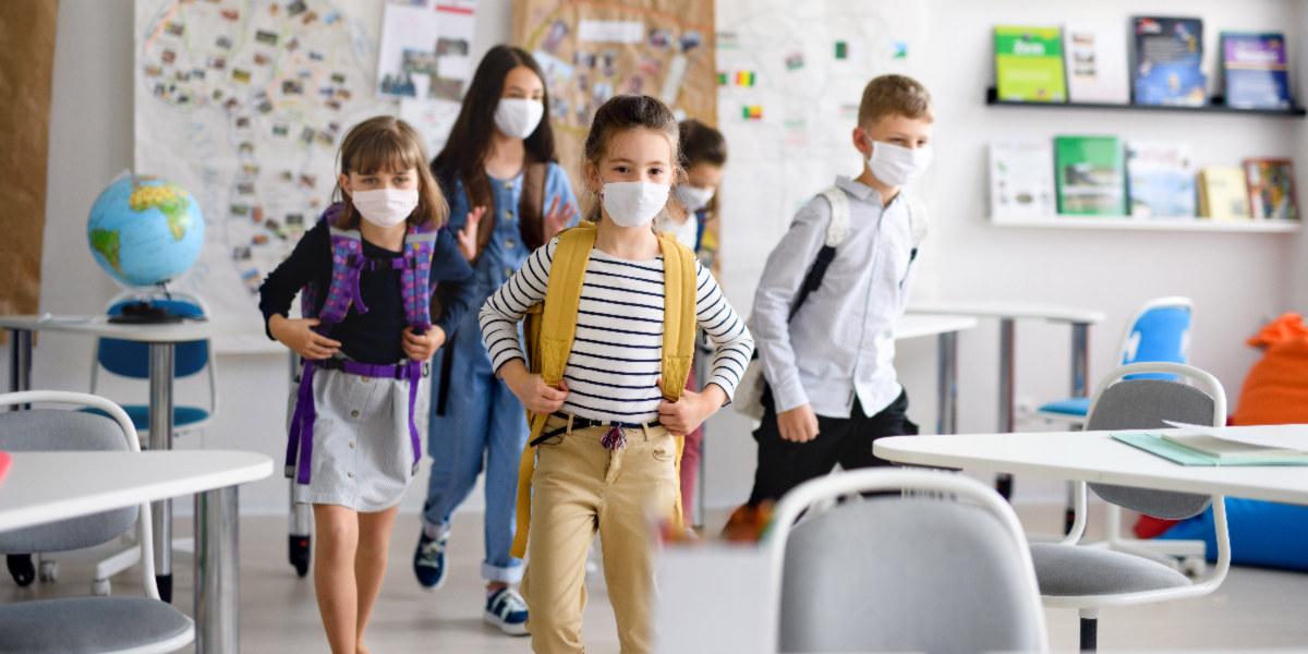 Attentats, masque dès 6 ans : comment préparer son enfant à cette rentrée ?