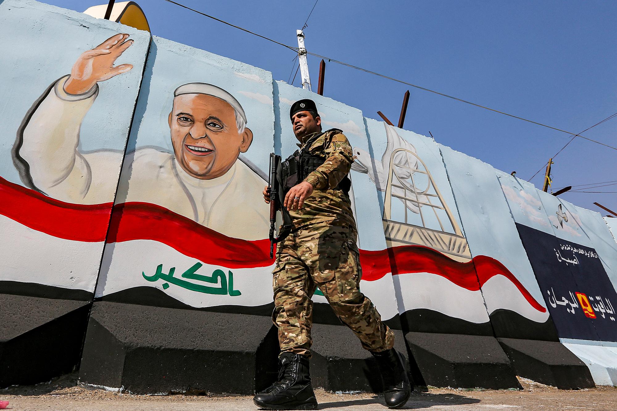 Le voyage du pape François en Irak, un événement historique