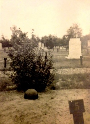 1st-grave-Tom-voorst