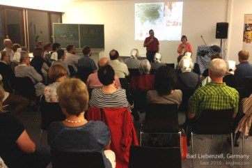 Vivian started this meeting at a Germany university by praying for our friends in China, who were (at that moment) suffering from a big typhoon!