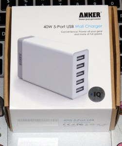 ANKERの充電器の箱