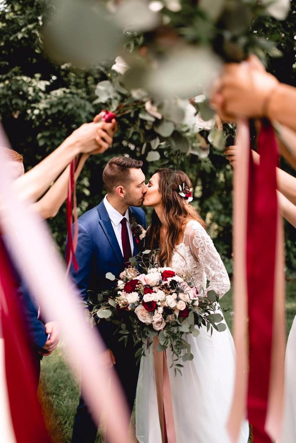Valentine S Day Wedding Reception Ideas 13 Gorgeous Ideas For Your Wedding Loverly