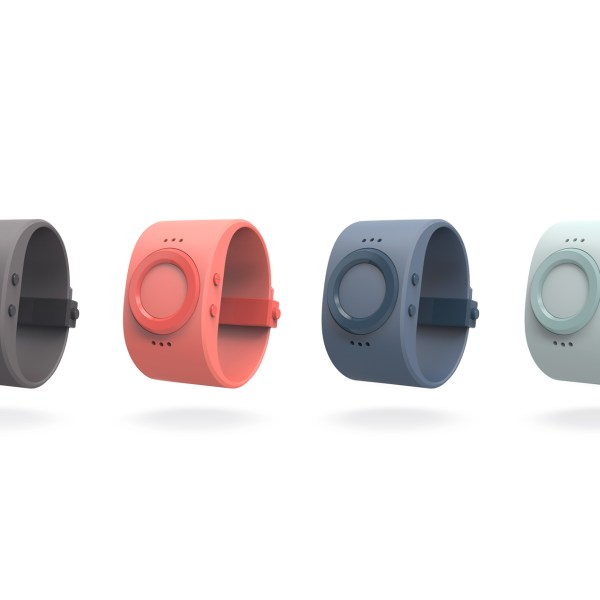 Tinitell / A Watch that Keeps You in Touch with Your Kids