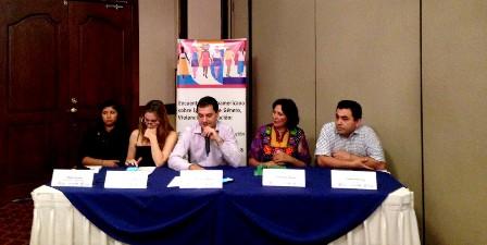 ¿Cómo la violencia por orientación sexual e identidad de género afecta las y los estudiantes en América Latina y el Caribe?