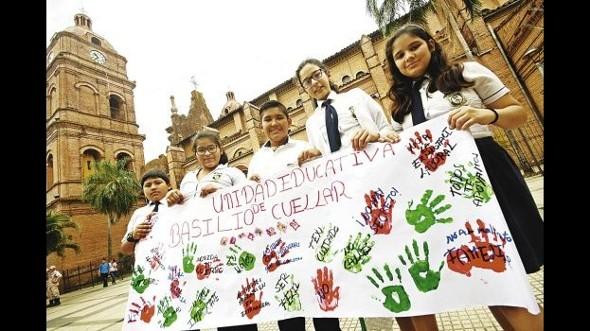 Estudiantes marcharon contra la violencia sexual